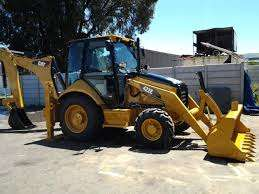 TLB for Hire - R2800 incl Diesel