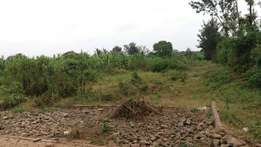1 acre for sale in Runda pan African insurance road.