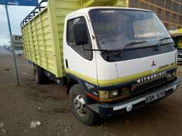 Mitsubishi canter local very clean