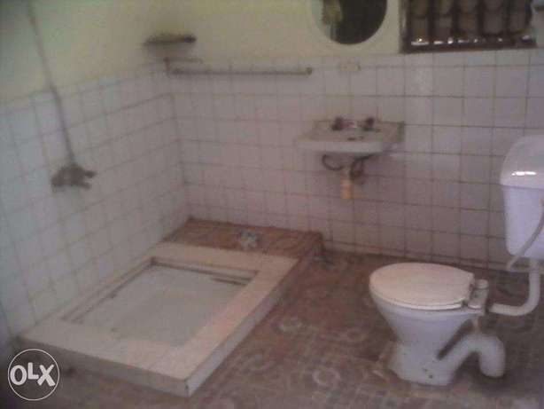 business house for rent in iganga district Uganda on main street Iganga - image 5
