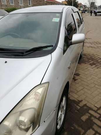 Quick sale! Toyota Wish KBS available at 670k asking price! Nairobi CBD - image 8