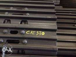 Caterpillar 330BL/CL Track Chains - To be Imported