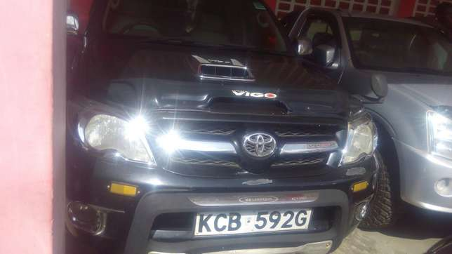 Hilux double cub, Diesel Mombasa Island - image 2