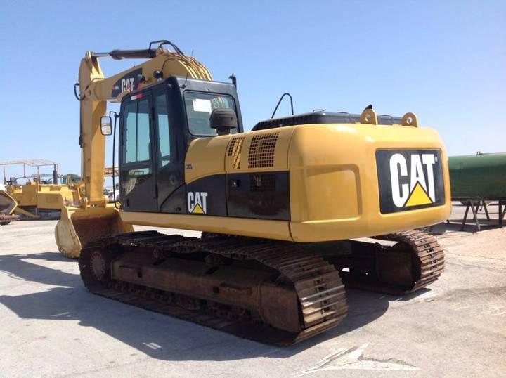 Caterpillar 323 D - 2011 - image 2
