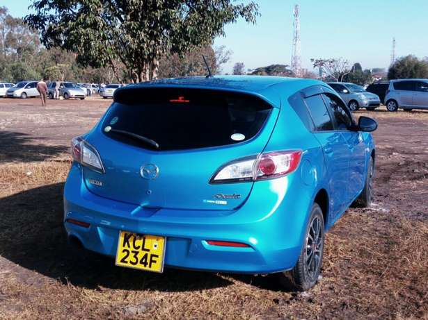 Mazda Axela new shape 2010 Ridgeways - image 8