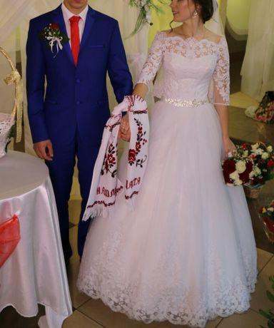 Весілльна сукня  3 600 грн. - Весільні сукні Луцьк на Olx b86f00af679bb