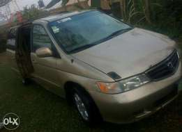 Fairly used Honda Odyssey 2002 (first body + good condition)