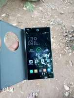 tecno camon c9 (very clean with pouch)