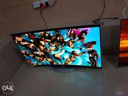 Brand new 55inches slim curve O'led LG 2016 with one year warranty