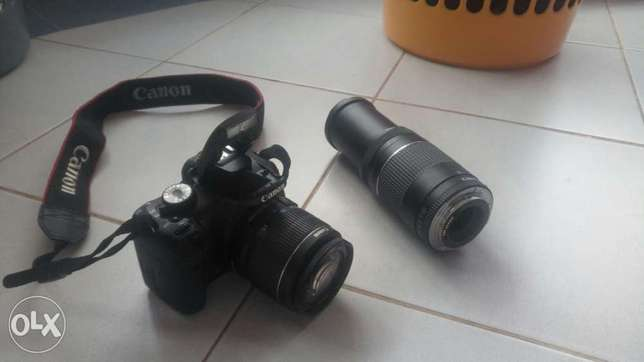 Canon EOS 550D complete with extra 75-300 zoom lens and carry bag for Langata - image 3