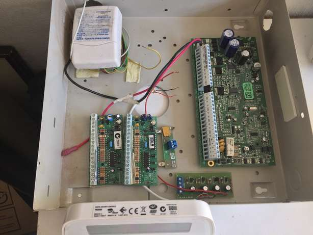 DCS Alarm System with key pad motion sensors and remotes Kensington - image 2