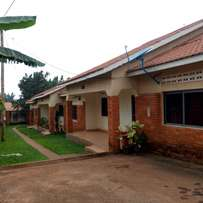 Amazing super two bedroom house for rent in naalya at 600k