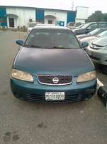 beautiful Nissan Sentra (2004) up for grabs