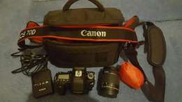 Canon E0S DSLR 70D Camera for sale