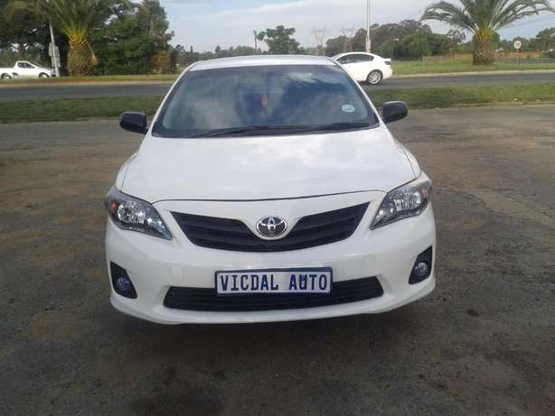 2014 Toyota Corolla 1.6 Quest For Sale R135000 Is Available Benoni - image 4