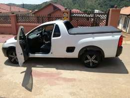 Make an offer on this Fresh & Clean Bakkie