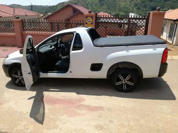 Make an offer on this Fresh & Clean Bakkie Mahube Valley - image 1