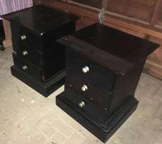 Dark wood bedroom set all for R3000