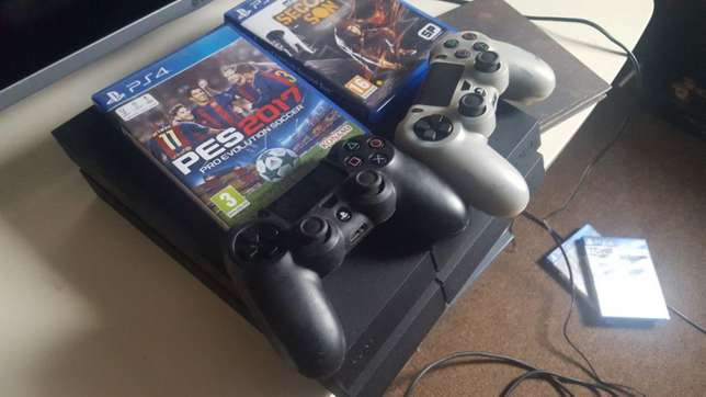 500gb Used ps4 quick sale Nairobi CBD - image 1