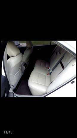 Clean Toyota Camry 2013 Lagos Mainland - image 6