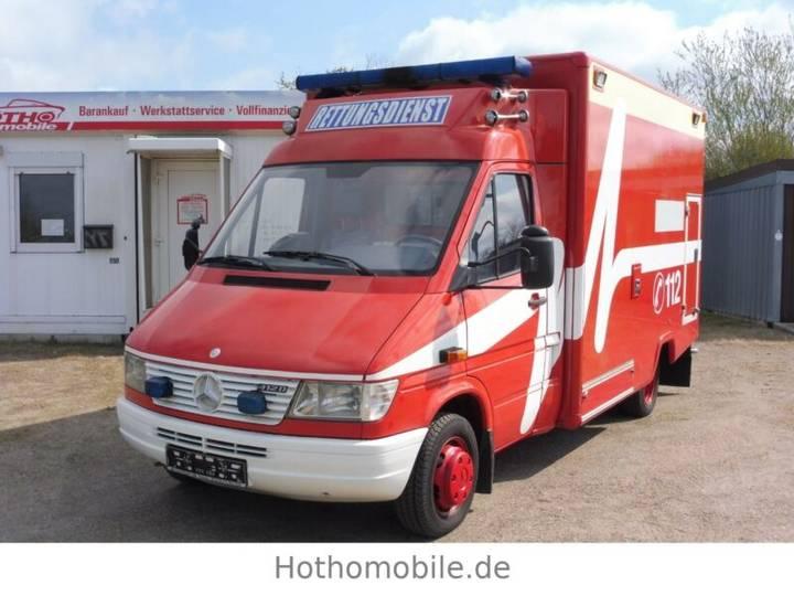 Mercedes-Benz Sprinter Ex Rettungswagen 412 D - 1999