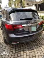 Extremely clean acura mdx 2013