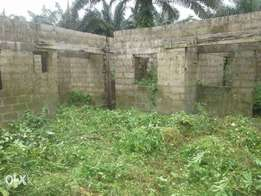 2 plots of Land with a finished structure.
