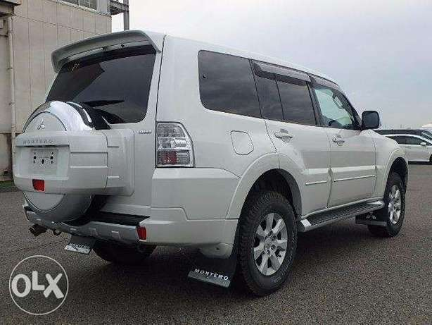 Fully Loaded White Pajero Mombasa Island - image 3