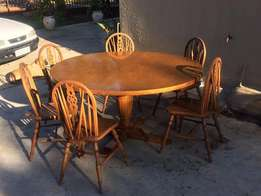 6 Seater Round Dining Room Suite (Vintage)