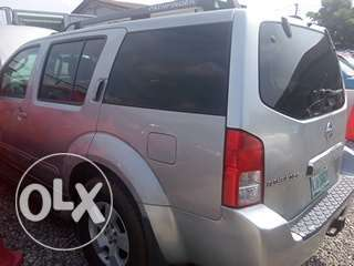 Clean registered 2007 Nissan pathfinder Lagos Mainland - image 4