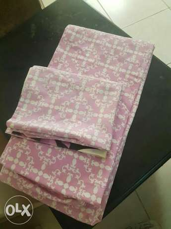 Fitted single size bed sheet with pillow case