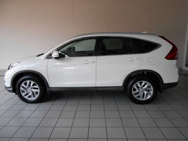 2015 Honda CRV 2.0 Comfort A/T with low milage Kosmos - image 7