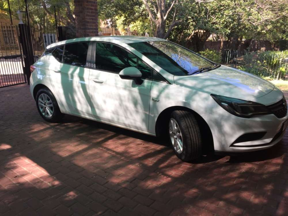 Opel Astra Cars & Bakkies for sale in Roodepoort | OLX South
