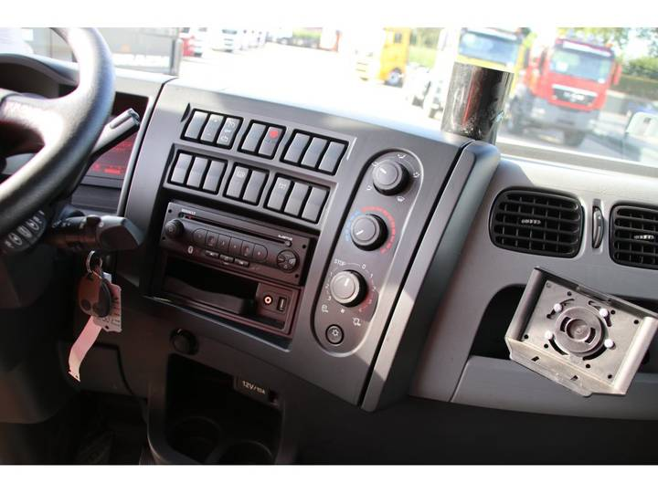 Renault PREMIUM 280 DXI TAUTLINER - 2015 - image 12