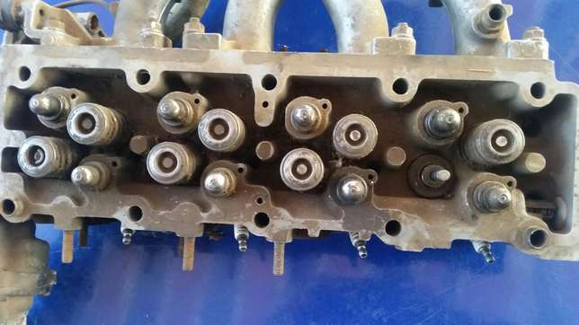 8 valve carb head opel monza 1800 to 2lt Meyerton - image 4