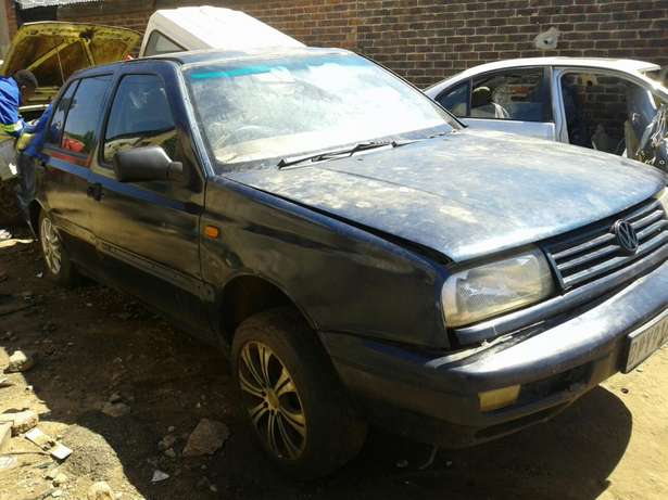 Jetta 3 CLX 1,8 Stripping For Spares and Body Accessories Germiston - image 4