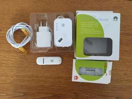 Huawei LTE/3G Sharing Router + USB Dongle