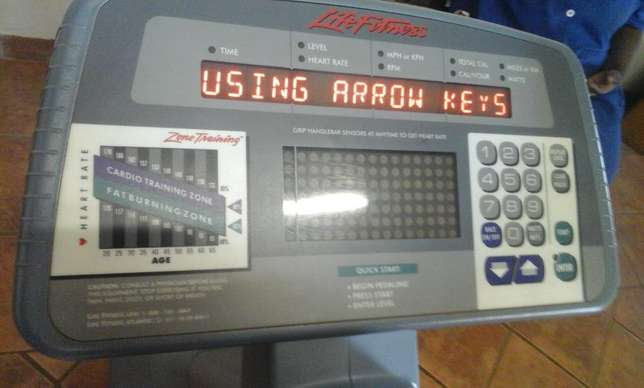 Used Life Fitness Exercise Bike for sale Heidelberg - image 2