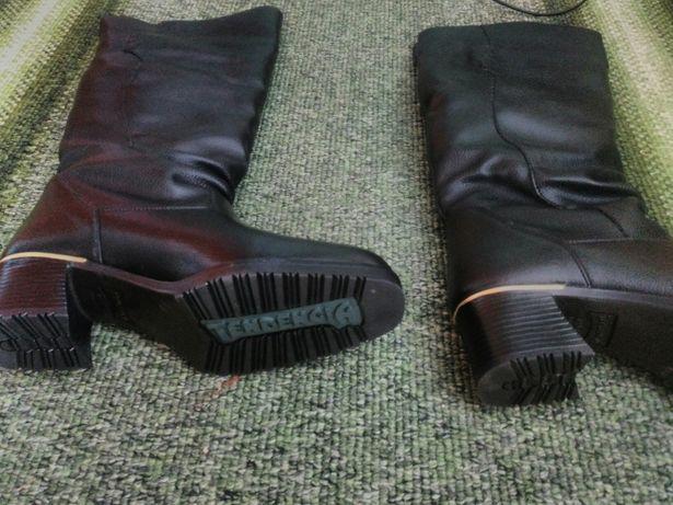 92a4a039fb9ff1 Шкіряні зимові чоботи 40 р: 700 грн. - Жіноче взуття Жовква на Olx