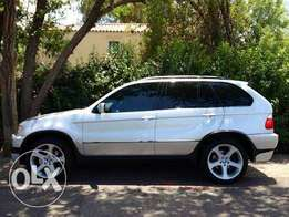 Bmw x5 4.6is fro sale in very good condition