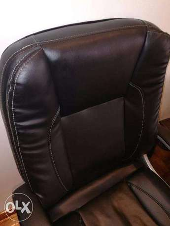 Office Chair Nairobi CBD - image 3
