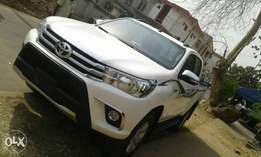 Brand new 2017 Toyota hilux manual and automatic. 50 pieces available