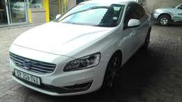 Volvo S60 D4 excel geartronic drive E