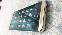 Very clean HTC M8 in excellent condition!