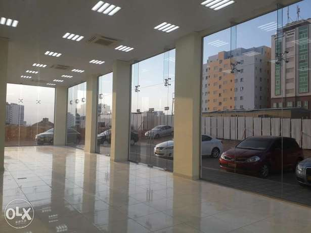 Showroom for rent in Ghala industrial area 4 rials per square meter