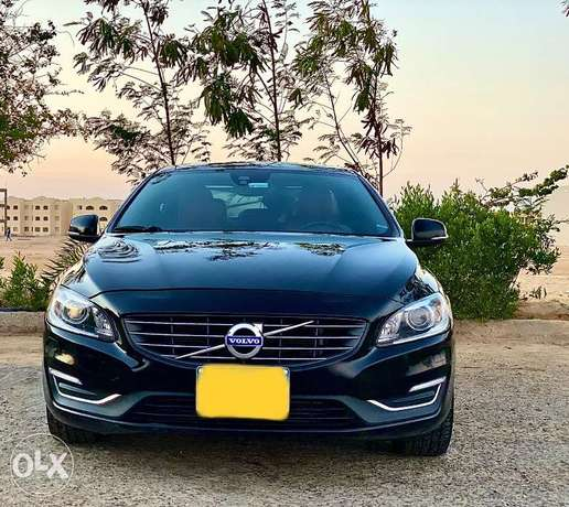 Mint condition Volvo S60 highline All Fabric