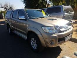 Toyota Hilux 3.0 D4D Raider 4x2 Manual