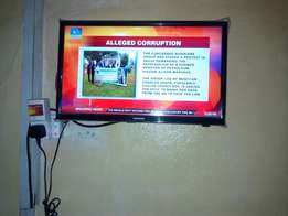 28 inches television for sale