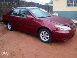 Super clean Toyota Camry 2004model