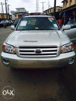 Just in Tokunbo Toyota Highlander limited edition 2006 available for s
